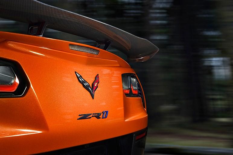 シボレー史上最強 コルベットZR1発表。ZR1シリーズ初となるATも設定