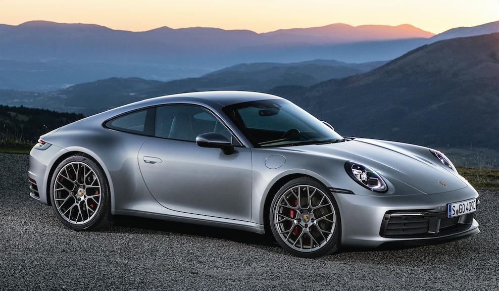 道路や天候に左右されにくい安定したロードホールディングを実現したポルシェの新型「911」の魅力