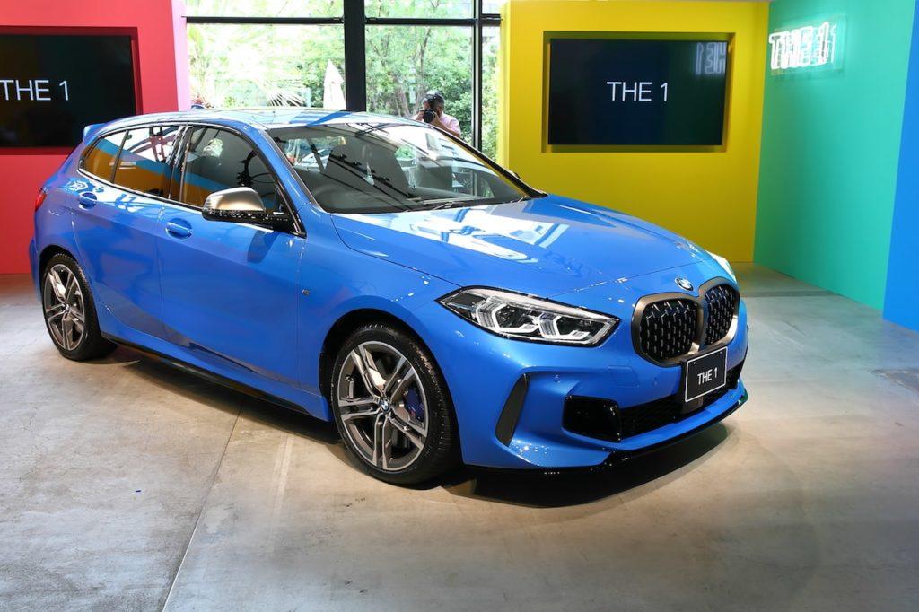 """新型BMW 1シリーズ、日本上陸! 第3世代は前輪駆動でも""""駆け抜ける喜び""""をもつ"""