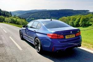 長期テスト BMW M5(最終回) スーパーカーの速さと高級サルーンの快適性