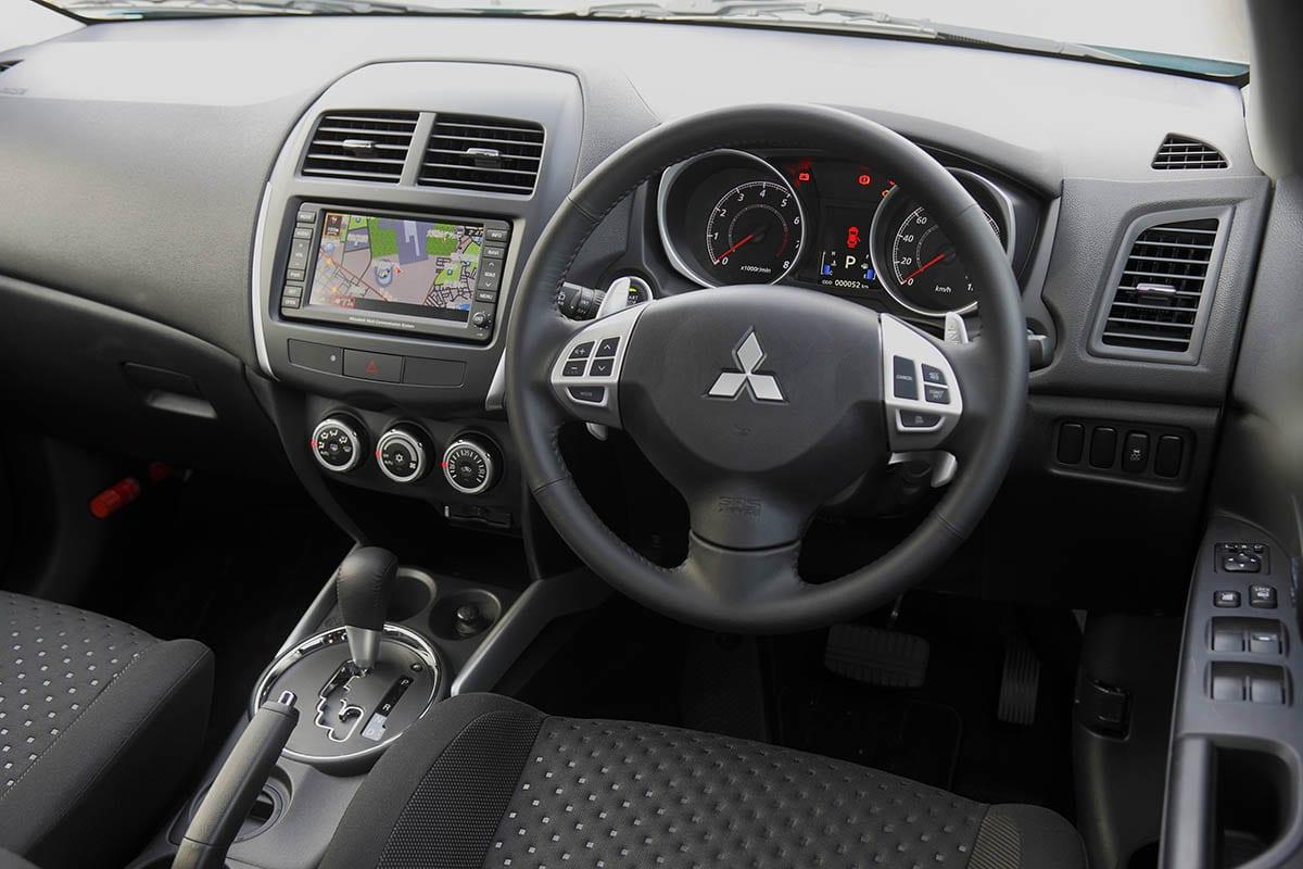 三菱・GA3W/4W系RVR(2010年2月~2011年10月)|中古車選びに役立つ「当時モノ」新車試乗記