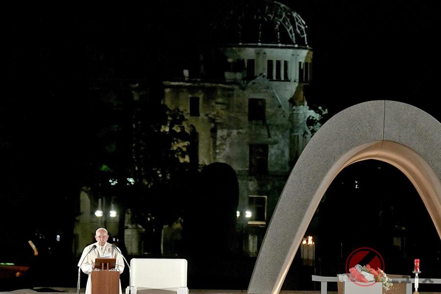 なぜローマ教皇は「マツダ3」を選んだ? カタログに無いモデルを選択した訳とは