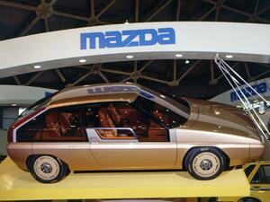 【懐かしの東京モーターショー 08】1981年、MX81は10年後のファミリアを目指してベルトーネが手がけた