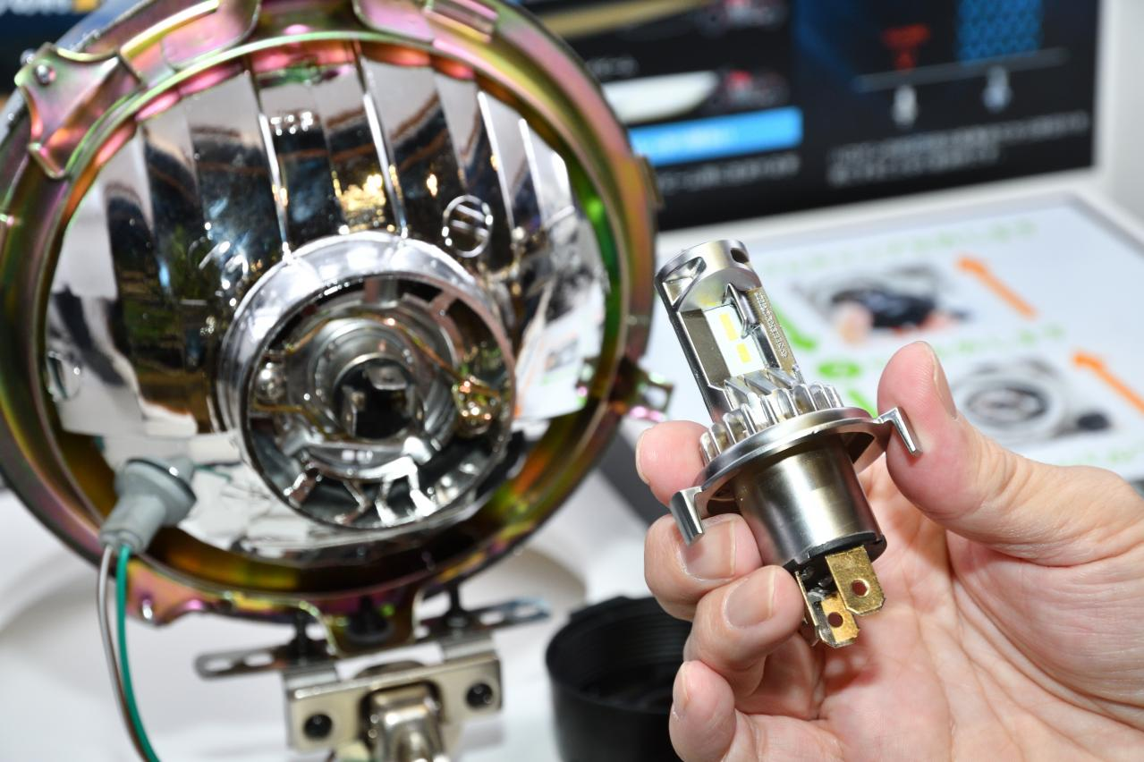 CAR MONOトレンド予測♯3 LEDバルブの最新事情は光量&耐久性アップ、旧車に嬉しいイエロー系バルブも登場。東京オートサロン2020】
