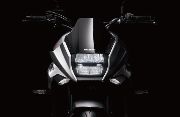 GSX-R1000由来のハイパフォーマンスエンジンをアルミフレームに搭載!名車の系譜を受け継ぐスズキ「KATANA」
