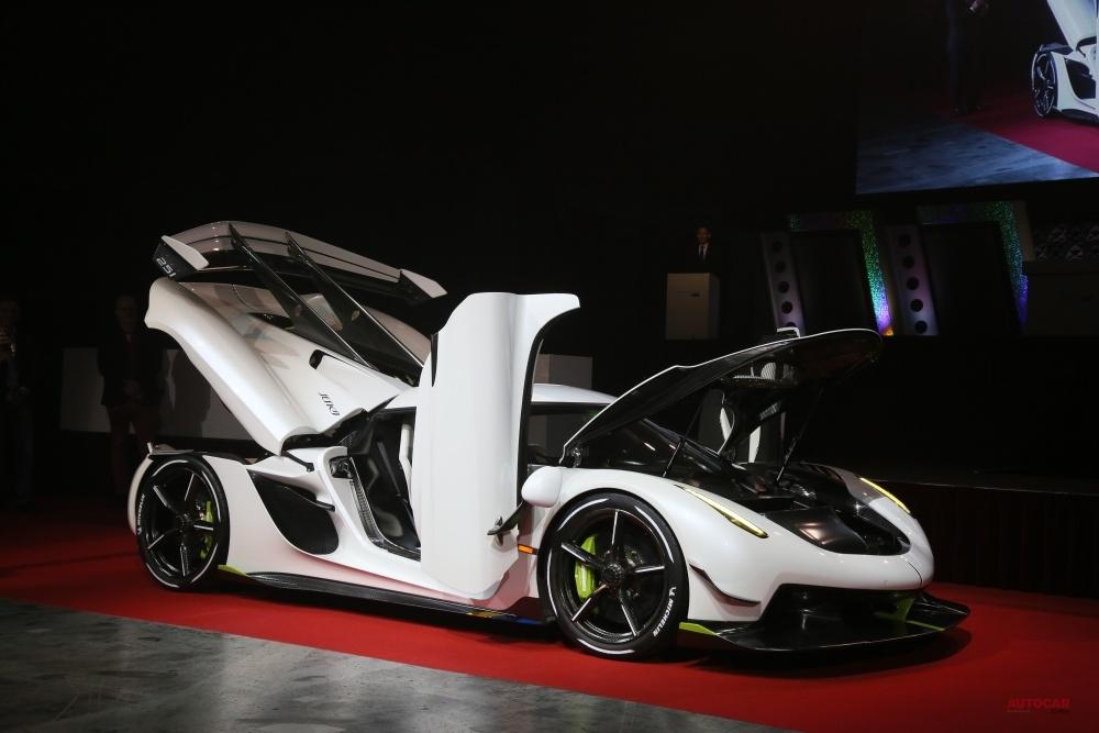 【東京オートサロンに登場】ケーニグセグ・ジェスコ 北欧発のスーパーカー、内装/細部を撮影