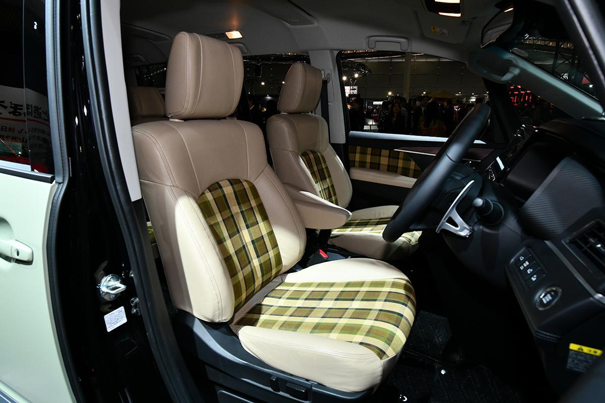 発売目前の新型eKスペースが初披露! 個性派SUVがズラリ揃った三菱自動車ブース【東京オートサロン2020】