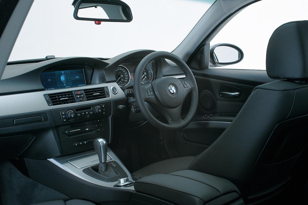 【ヒットの法則29】E90型BMW 3シリーズの進化幅は大きく、Dセグメントで不動のベンチマークに