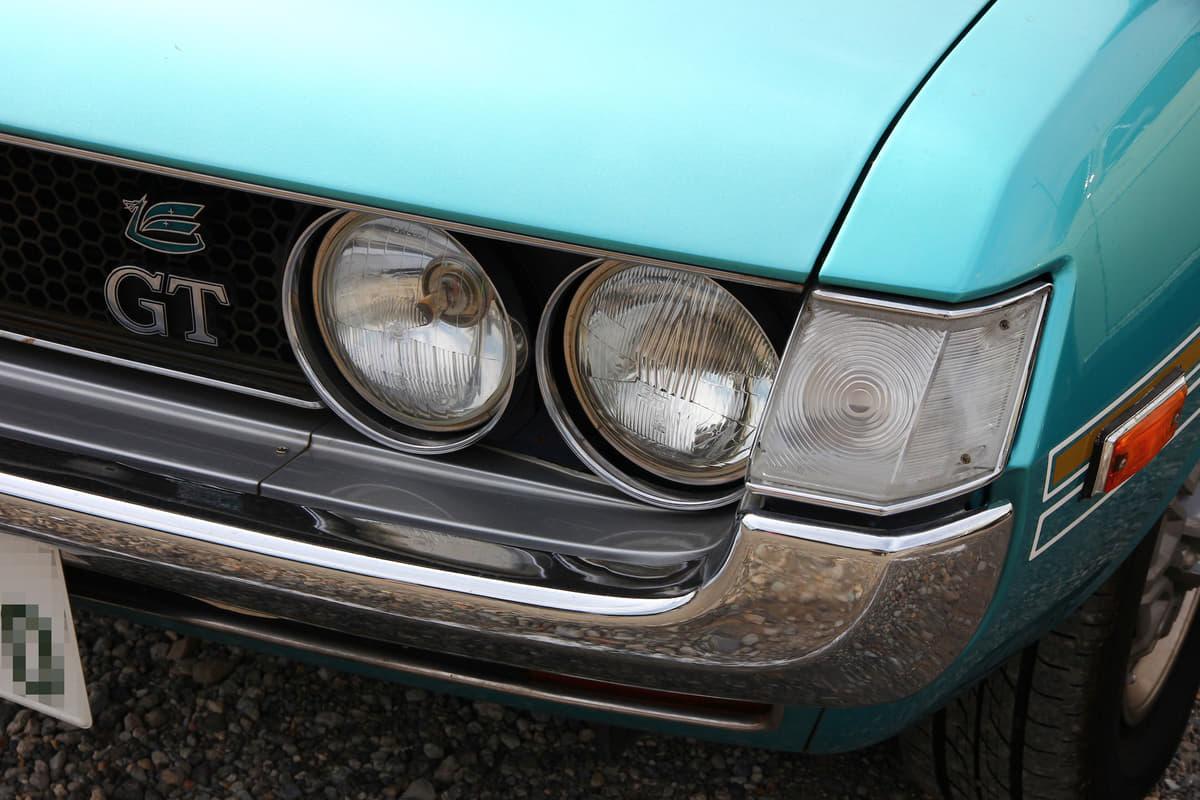 【旧車女子2】トヨタ・ダルマセリカを相棒に雨の日の買い物もこなす若きママ
