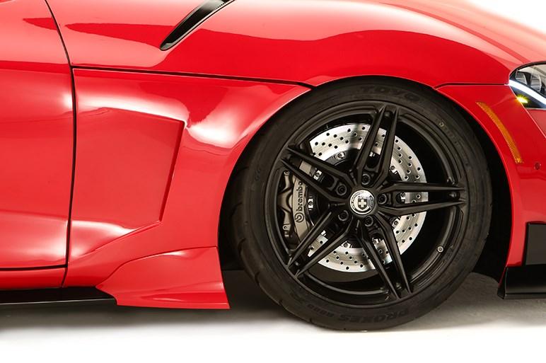 先代をイメージ、ハイパーVer.そしてワサビ…トヨタ新型スープラのカスタマイズカーをSEMAショーに出展