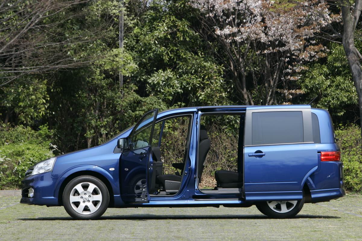 ファミリー納得の愛車選択「SUVよりもミニバンをオススメする理由とは」