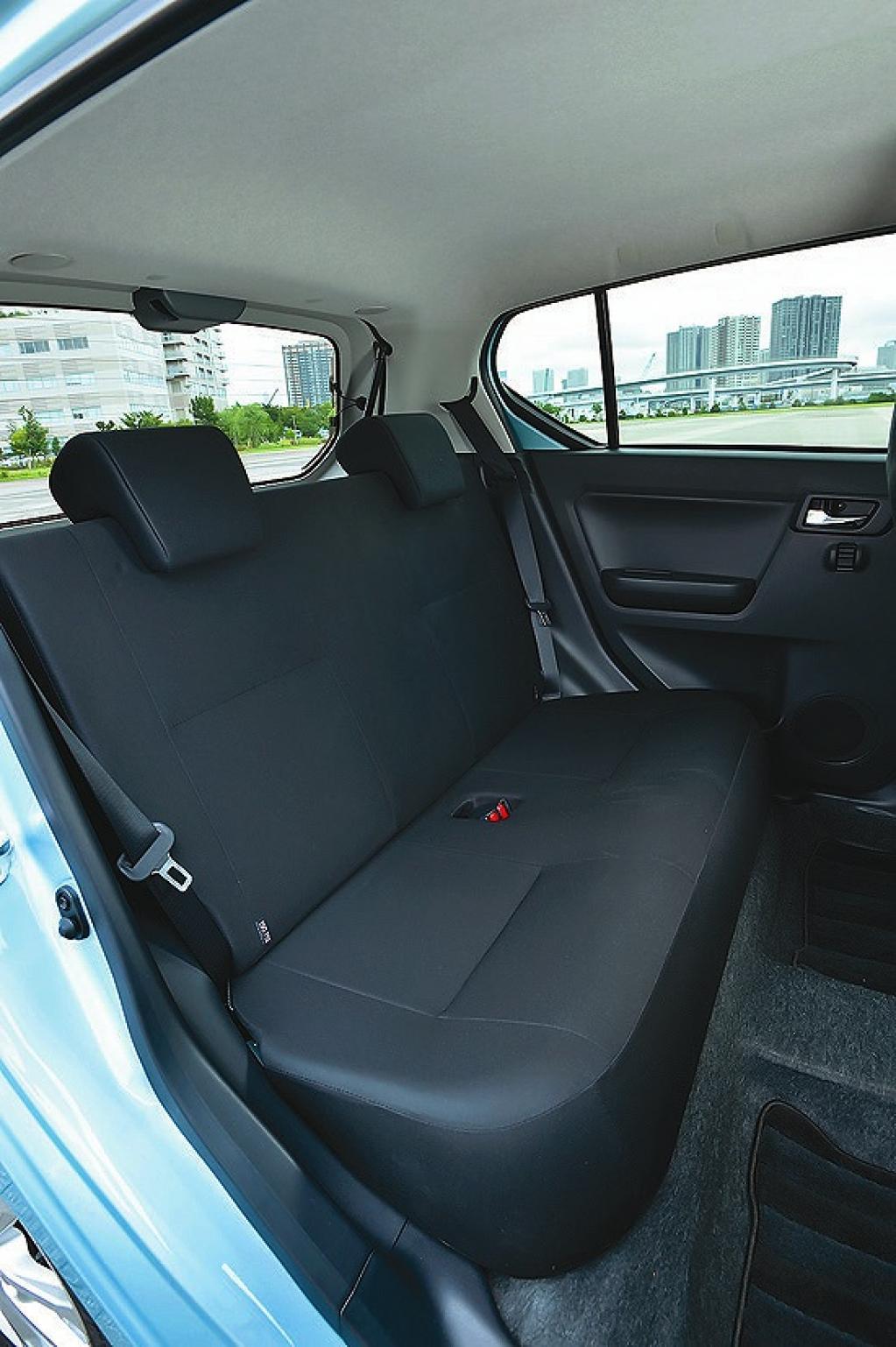 ダイハツ・ミラ イースが売れ筋の軽自動車のハッチバッククラス(4車種を比較してみる)