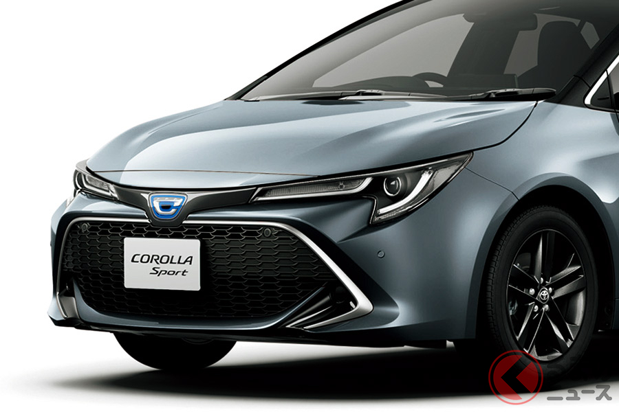 メッキがキラッと輝く顔つき! トヨタ「カローラスポーツ」に特別モデル登場