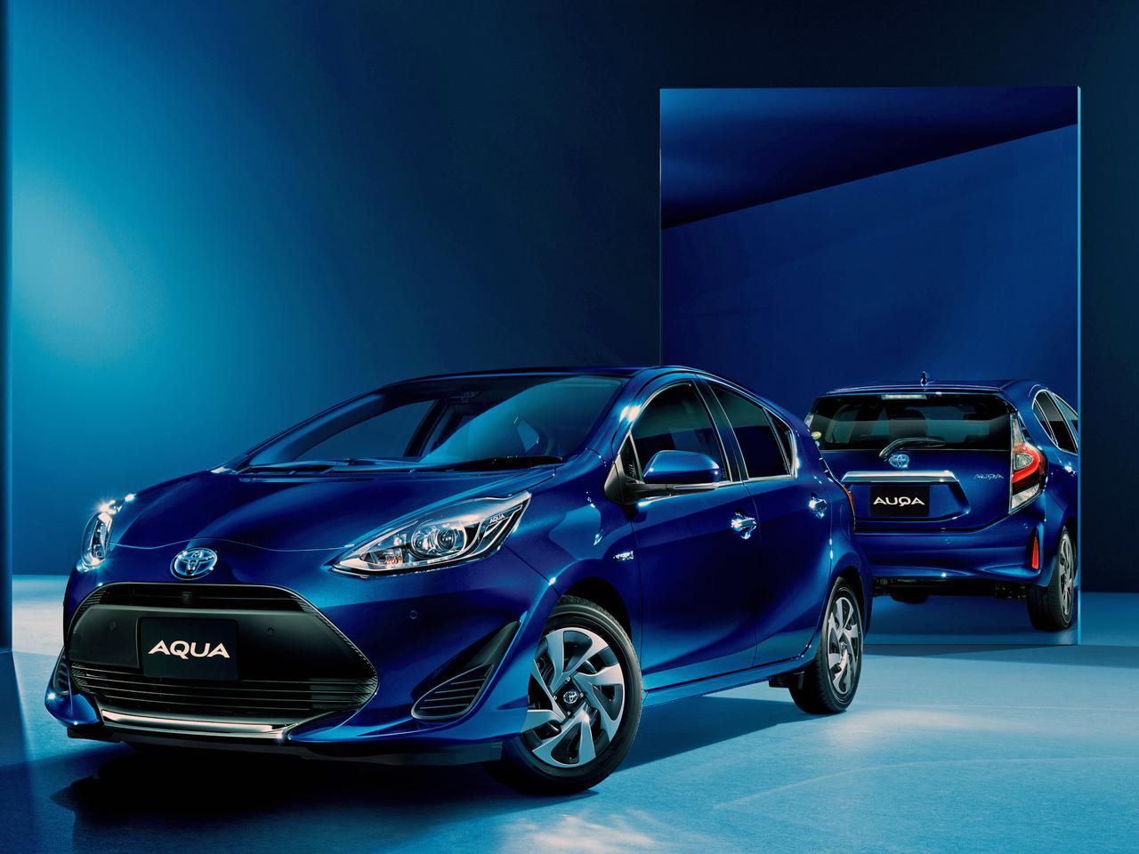 トヨタ アクアの特別仕様車に装備を追加。パノラミックビューモニターで安全確認をサポート