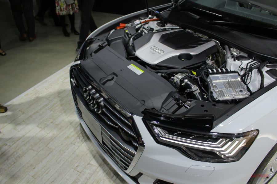 新型アウディA6(日本仕様)を解説 セダン、アバントの価格/内装/サイズ/スペック