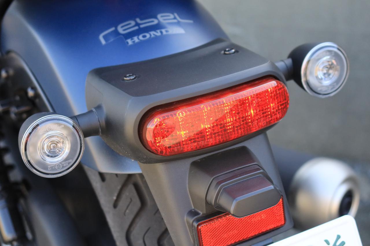 ホンダ「レブル250」2020年モデル お散歩インプレ! 積載を簡単に行なう新技披露&新型の魅力を紹介