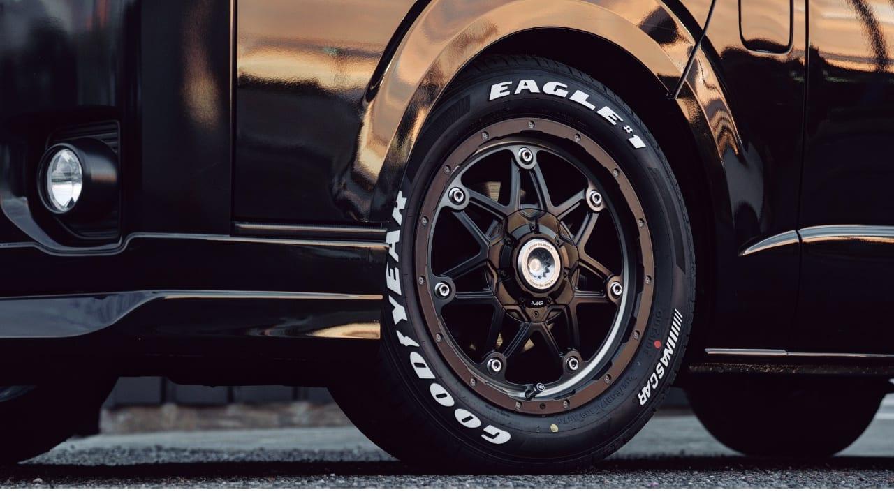 その強靭さ、圧倒的。MGブランド最新モデル「LYCAN」 降臨|今、200系トヨタ・ハイエースに履くべきホイール達