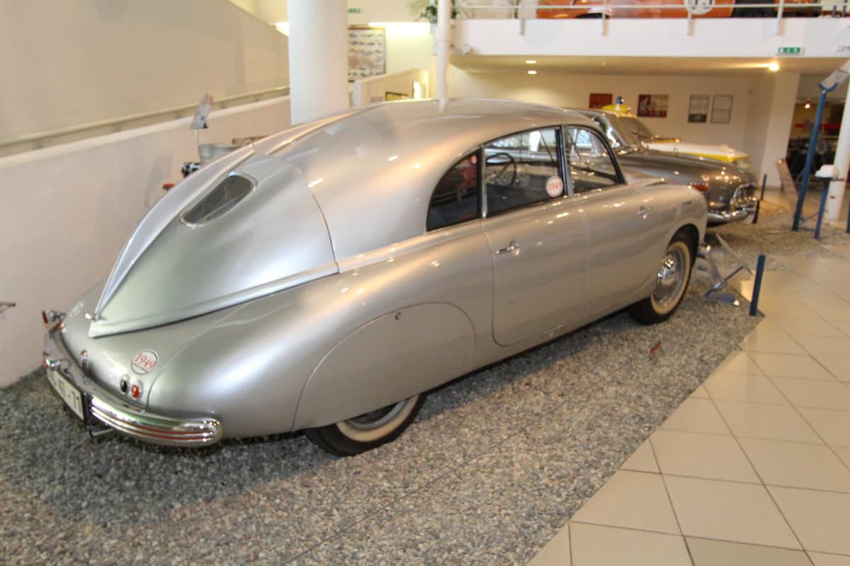 東欧を代表する自動車メーカー「タトラ」戦後のモデルと終焉まで
