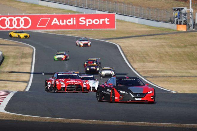 GT-RとZの50周年記念を彩る新旧名車が勢揃い、2万8000人超が集まったニスモフェスティバル2019