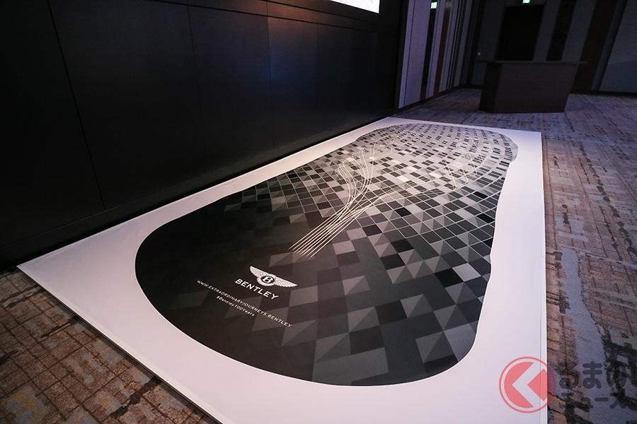 お値段2700万円の豪華リムジンかつスポーツセダンのベントレー「フライングスパー」日本上陸!!