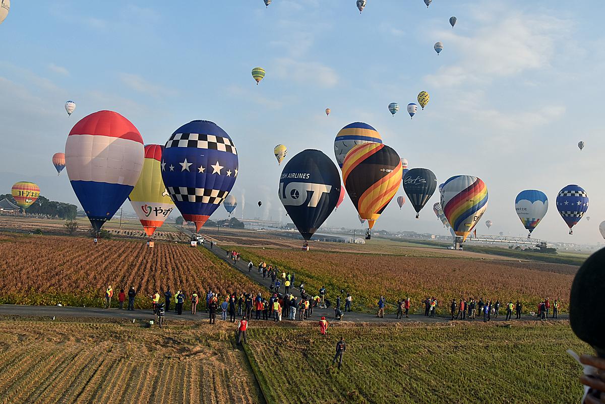 100機以上がフライト! アジア最大級の熱気球イベント開催