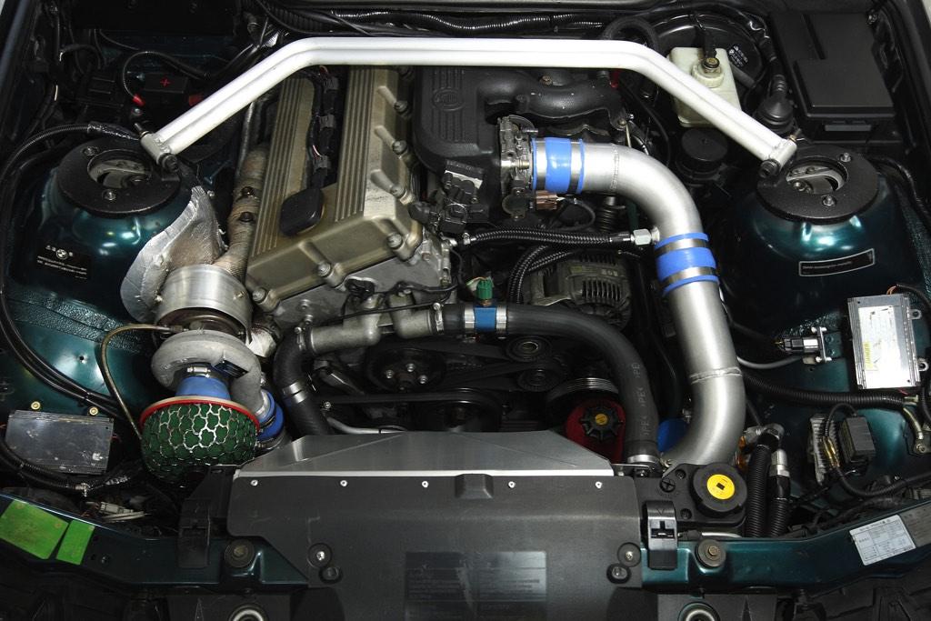 格上のBMW M3(E36)と勝負できるBMW 318iS(E36)ボルトオンターボ仕様の衝撃!