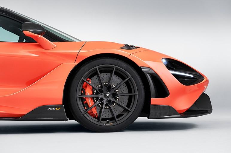 英マクラーレン、765馬力で0-100km/h加速2.8秒のスーパーカー「765LT」を限定765台で発売