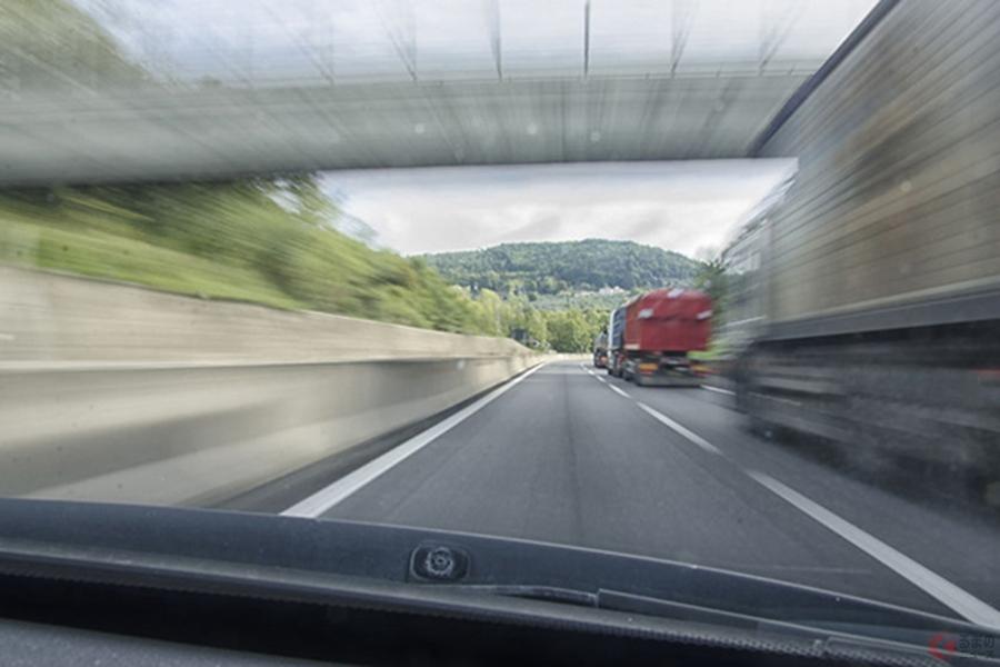 車間詰め、パッシング…「あおり運転」に該当する7つの行為とは? 煽ってなくてもあおり行為に!?