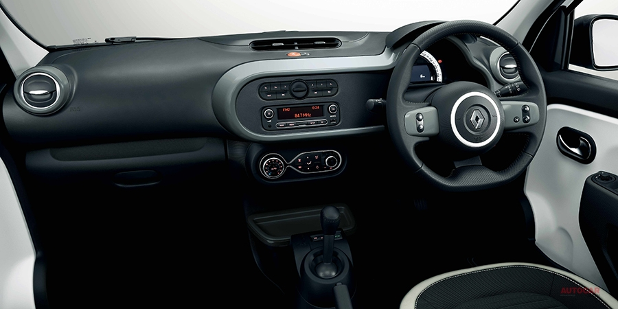 ルノー・トゥインゴ・テンポ フォーカル製サウンドシステム搭載 限定150台