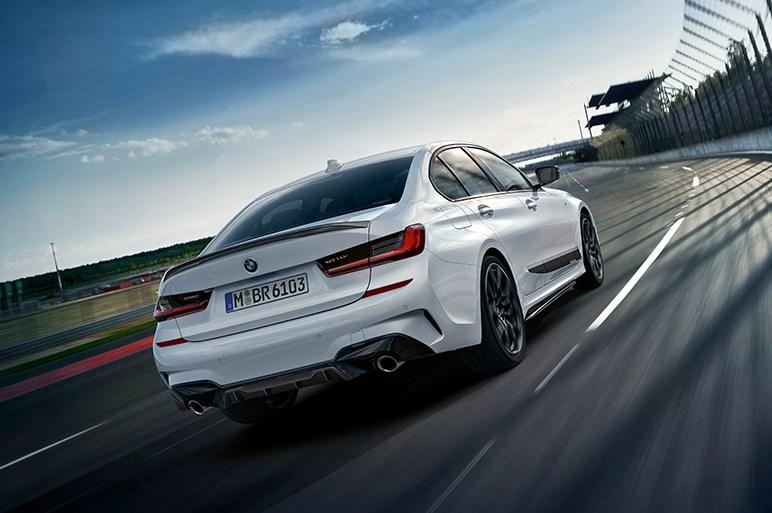 BMW、新型3シリーズセダン用の純正アクセサリー「Mパフォーマンスパーツ」を発表