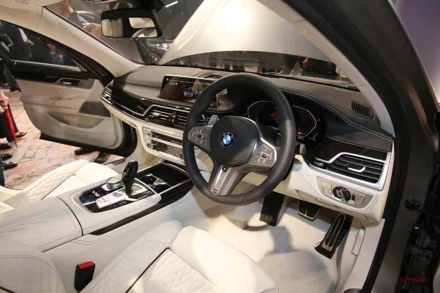 実車 BMW 7シリーズ改良新型 M760Li xドライブ 内装/グリル