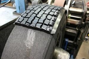 トラックのタイヤは3回も復活する? リトレッド工場を取材した