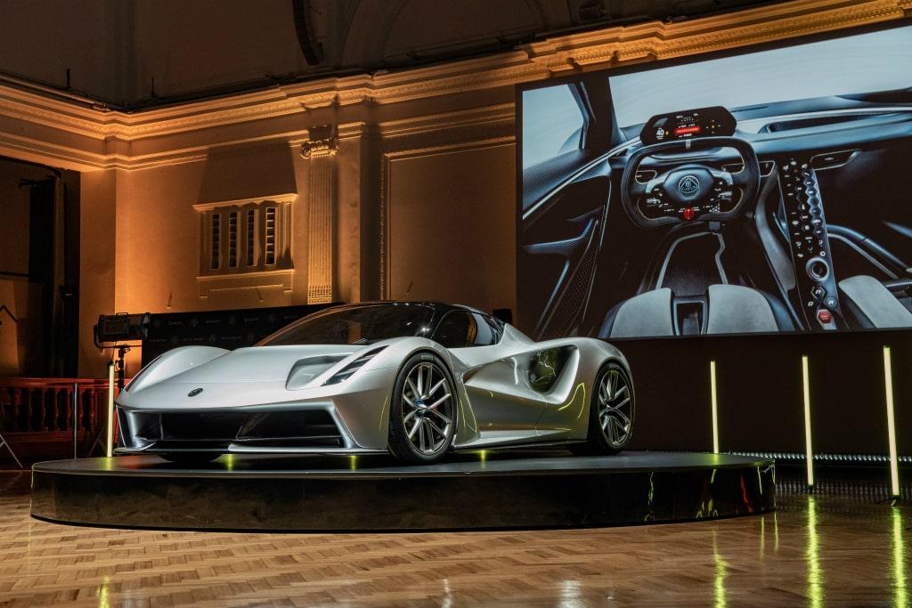 ロータス エヴァイヤ発表! 2000psを誇るフルEVハイパーカーの実情に迫る【動画】