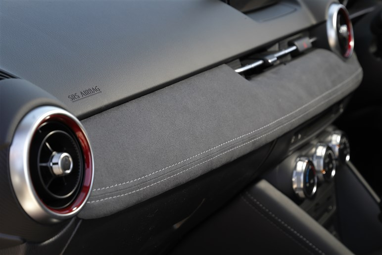 CX-3がエンジン刷新など大幅改良。マツダ気合のリファインの成果は?