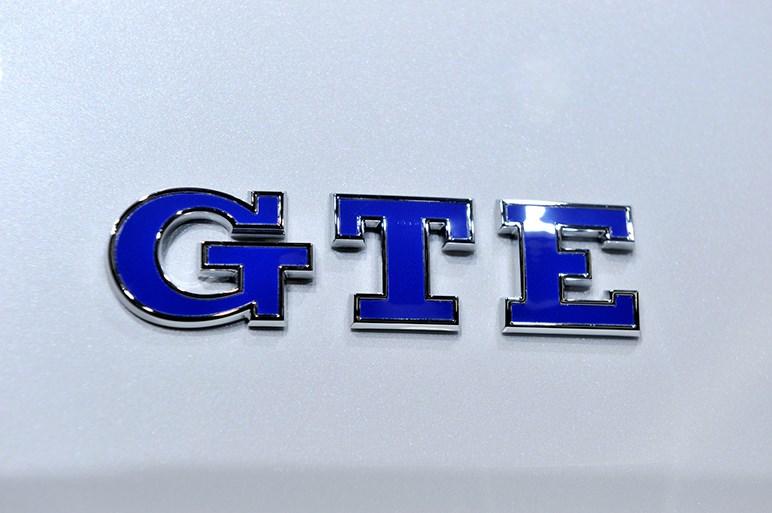 プラグインハイブリッドのゴルフGTE発売。EV走行約53km&499万円