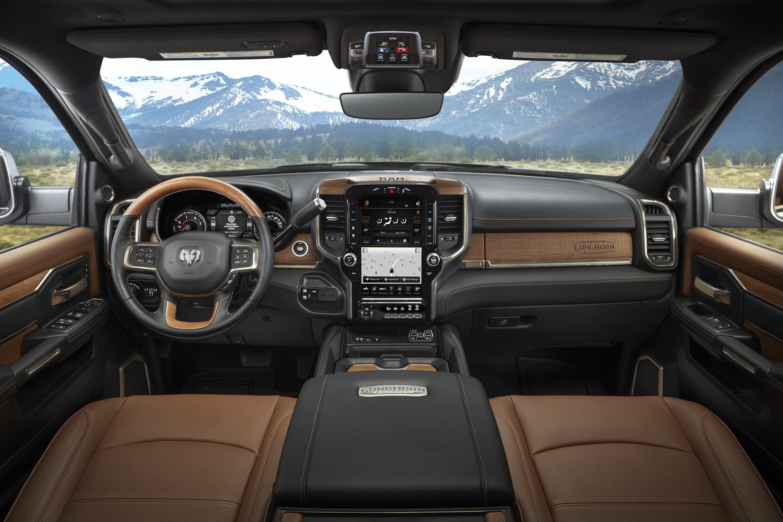 米ラム、超豪華かつタフなピックアップを発表 車両価格は600万円台から