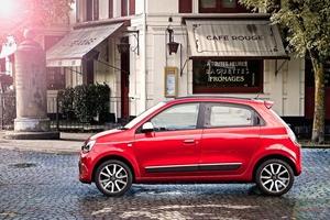 英ルノー、トゥインゴの販売を打ち切り 製品構成の簡略化へ 小型車クラス不振