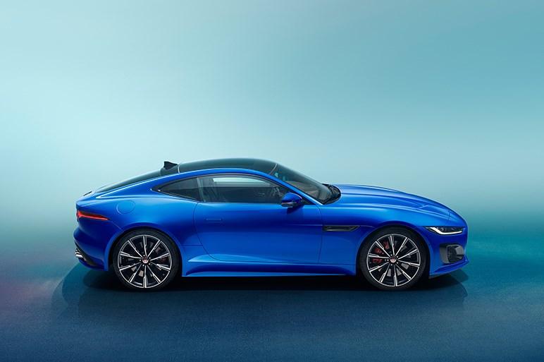 ジャガー、Fタイプの大幅改良モデルを本国で公開。ロー&ワイド感が強調されたスタイルに