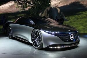 コンセプトカー「EQS」や市販モデル「EQV」にみるメルセデス・ベンツのEV戦略の本気度