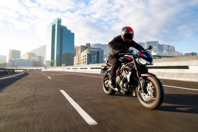 トライアンフ、2020年モデルの新型ストリートトリプルR Lowが2020年春に発売。排ガス規制『ユーロ5』に対応