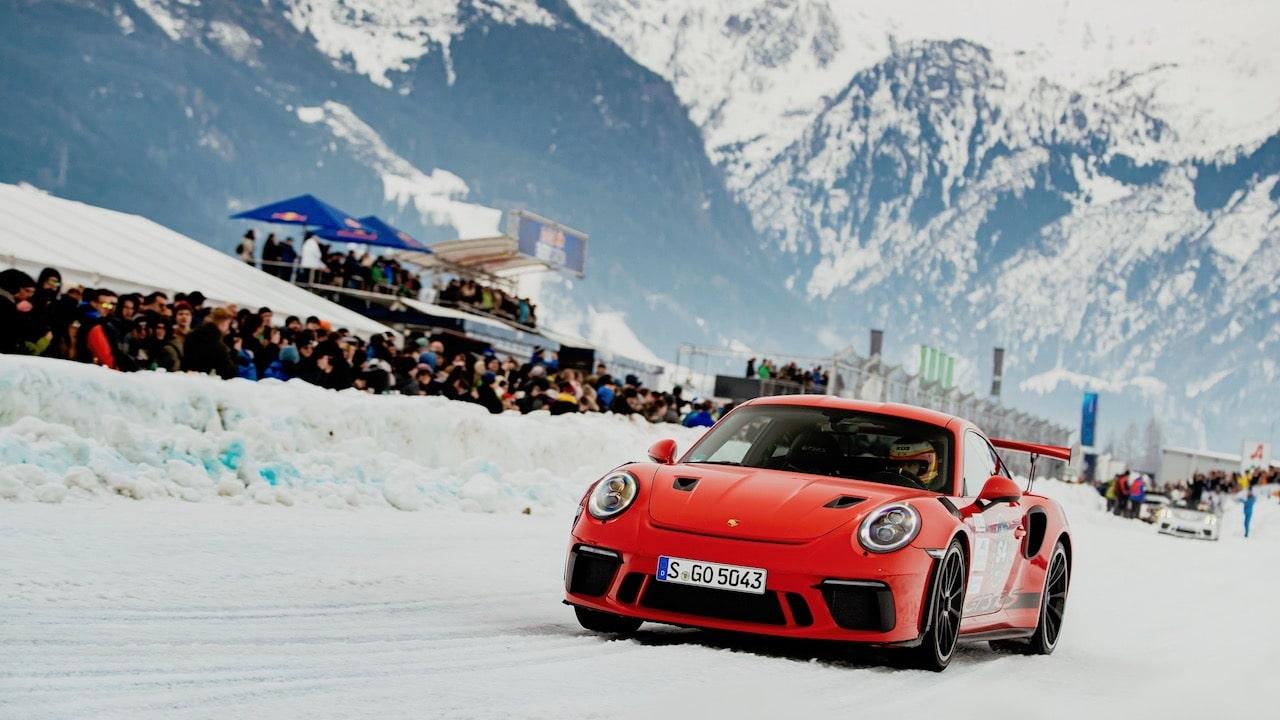 ポルシェ博士の末裔が復活させた雪と氷の祭典「GP アイスレース」