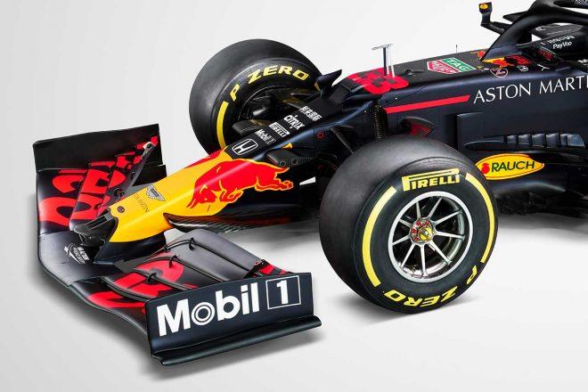 【津川哲夫のF1新車初見チェック】王座狙うレッドブルRB16はメルセデス型の細身ノーズを採用。サスペンション変更も期待大