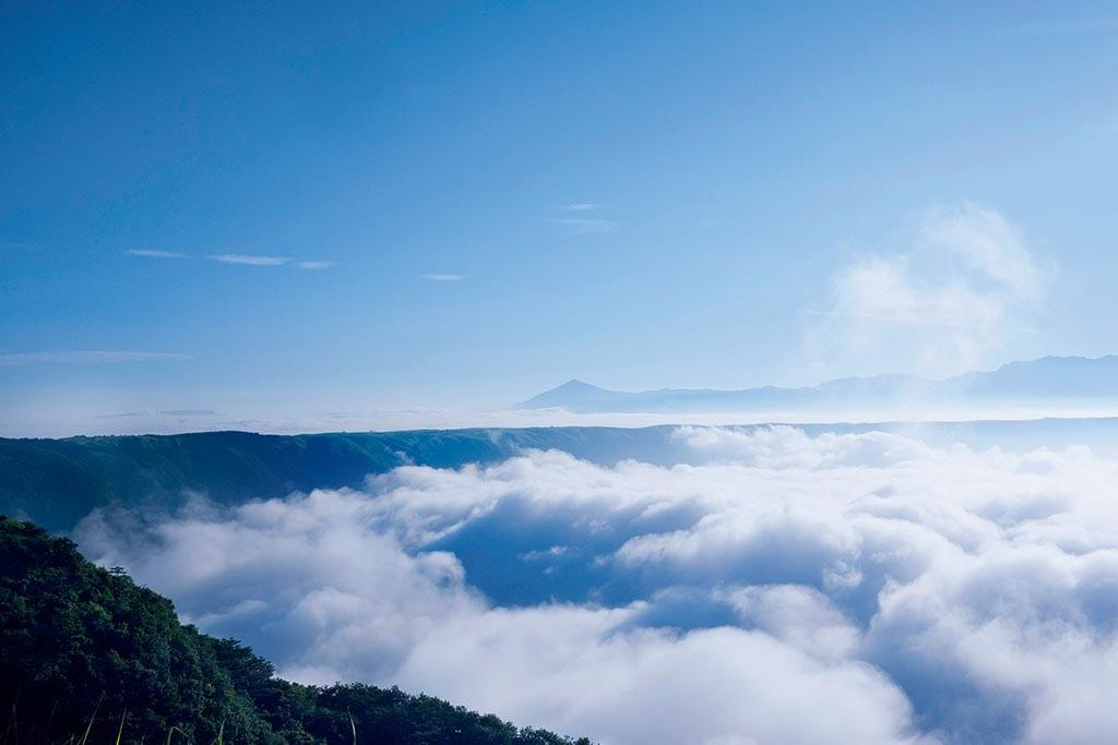 標高936m、外輪山に突き出した絶景スポット(熊本県 大観峰)【雲海ドライブ&スポット Spot 80】