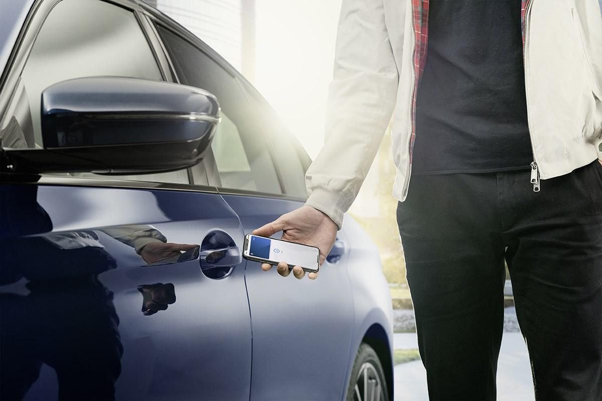 iPhoneで開錠やエンジンスタートができるデジタルキーをBMWが7月以降の生産モデルに採用