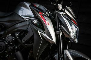 《中編》スズキの『GSX-S1000』って普通の人も乗れるの? これぞ大型バイク!と自信をもっておすすめしたい!【SUZUKI GSX-S1000/試乗インプレ(2)】