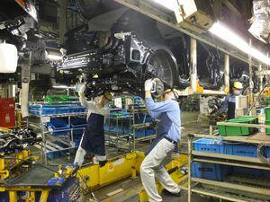 スバルとマツダ、回復する国内生産 スバルは通常稼働 マツダは前年比8割まで回復