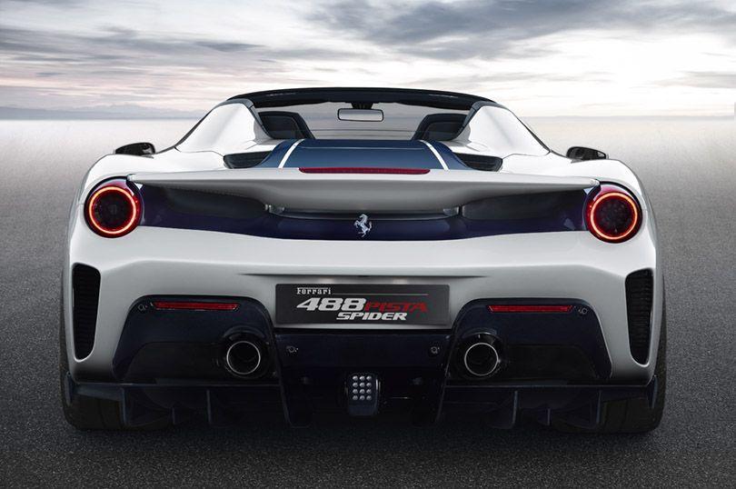 フェラーリが50台目のスパイダーをついに公開した