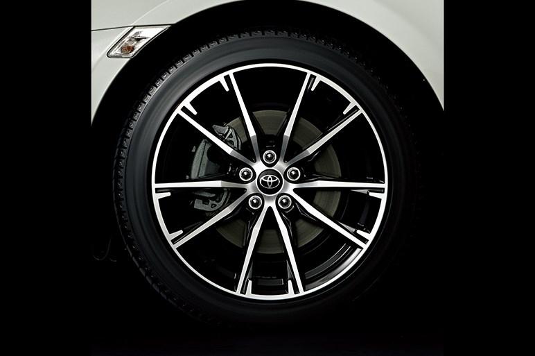 トヨタ86も大幅改良。スポーツカーの本質である走りを深化