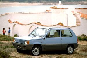 フィアット パンダ誕生から40周年。偉大なる小型車が歩んできた歴史を振り返る