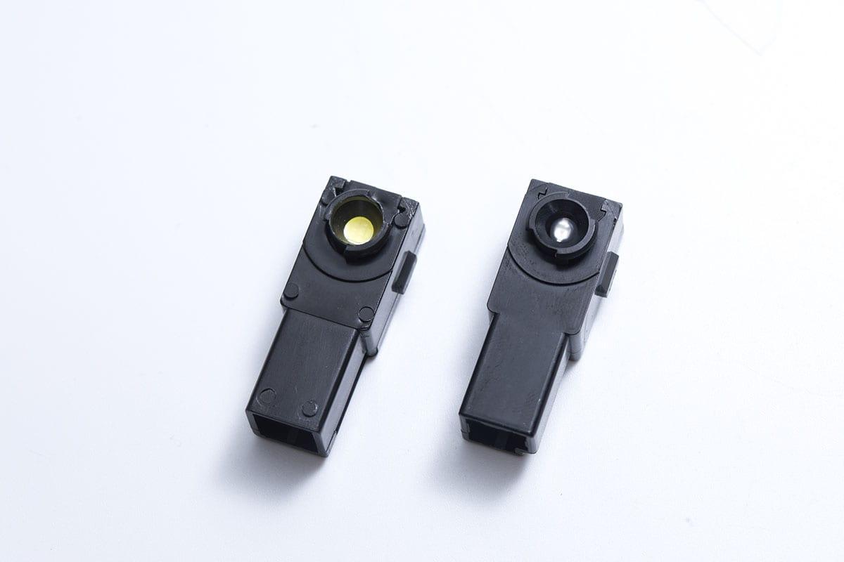 純正フットランプって暗くない!? 実用性もカスタム効果も高いヴァレンティの交換型LED